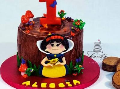 baby biancaneve cake by smoothly